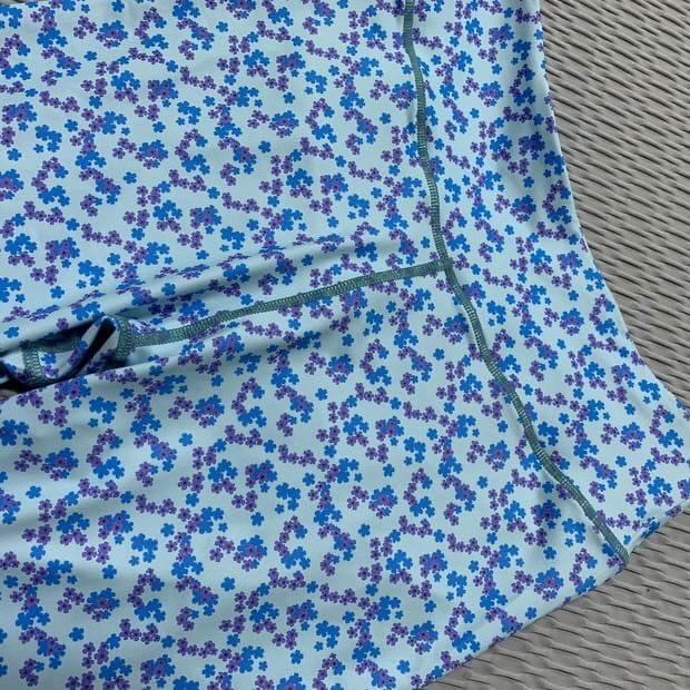 運動套裝兩件式法式小花朵設計Lets Sea KOI 限時買一送一 3