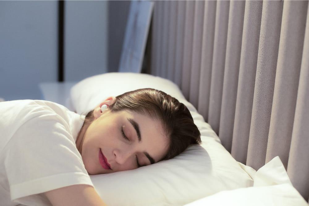 1MORE ComfoBuds Z EH601 睡眠豆真無線耳機-白色 4