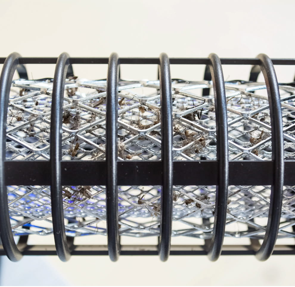 【JAR嚴選】太陽能雙頭兩用滅蚊燈(節能 環保 靜音滅蚊) 4