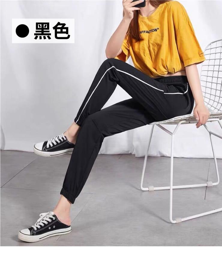 冰絲涼爽條紋顯瘦運動褲 10