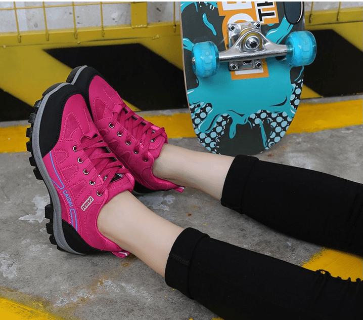 新款登山鞋秋冬季戶外女徒步鞋防滑耐磨旅遊鞋爬山防水運動女鞋 9