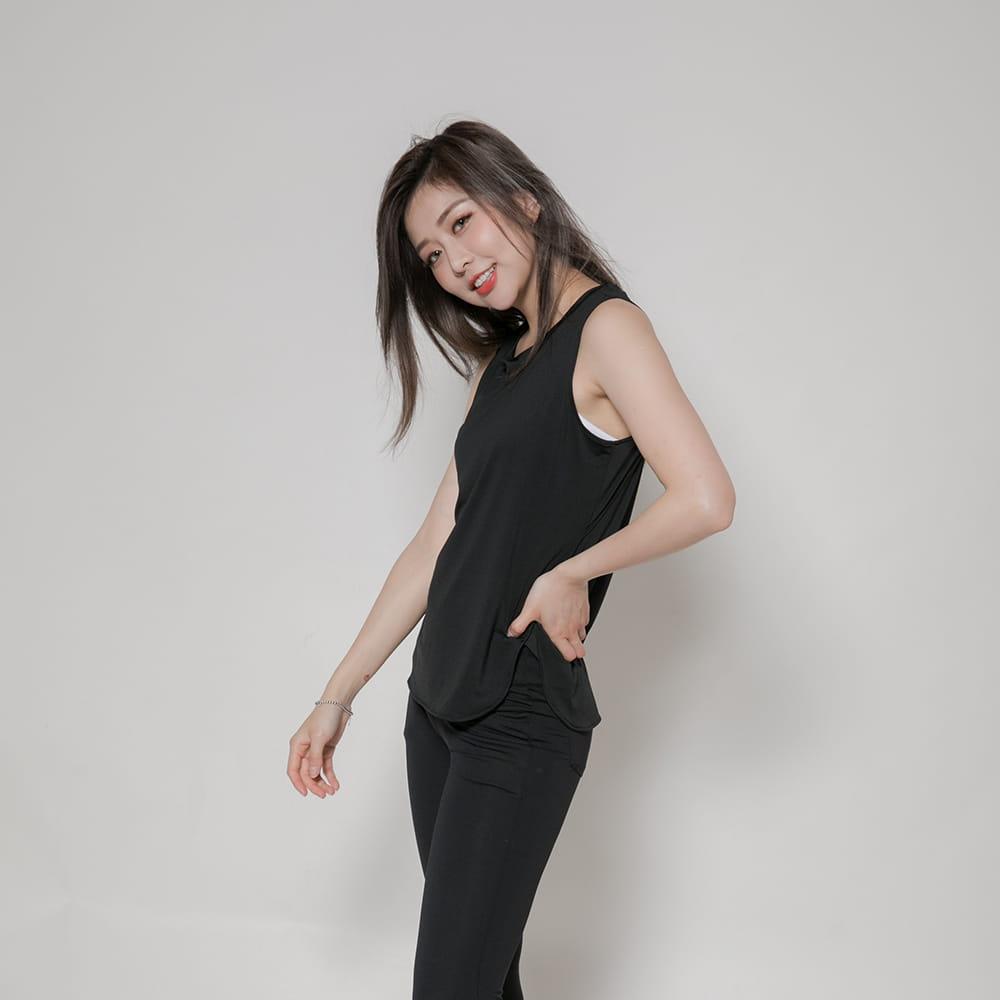 【MARIN】台灣製-酷涼透氣運動背心 黑色/灰色 7