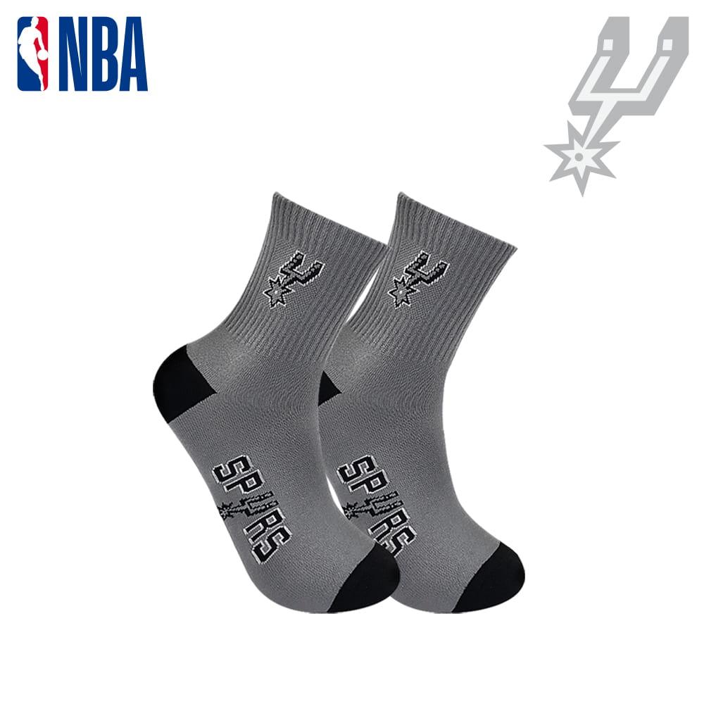 【NBA】球隊款緹花中筒襪 1