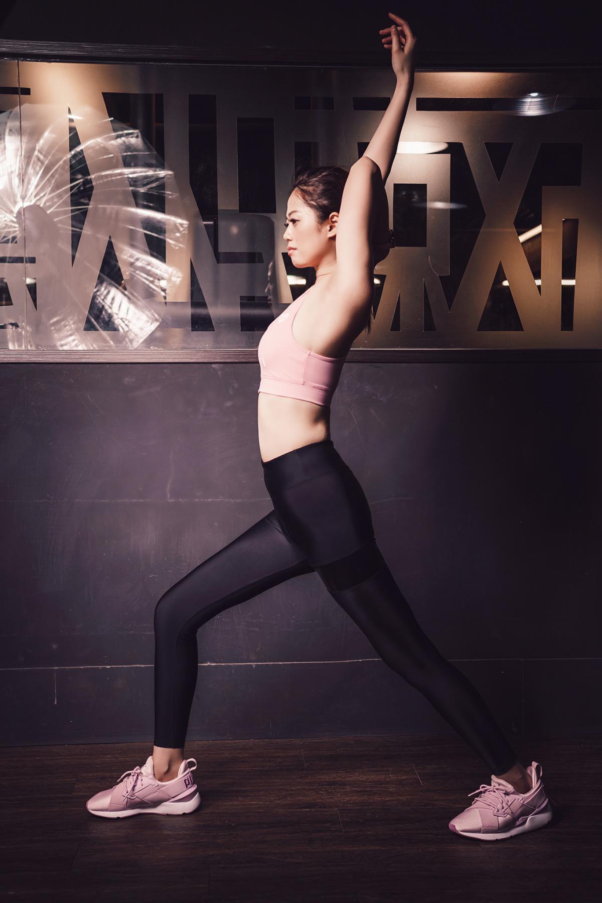 【ELASTI】彈力接皮健身壓力褲 9