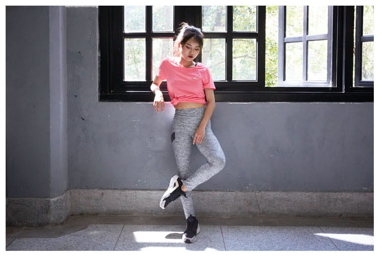 【ELASTI】時尚花紋壓力褲 14