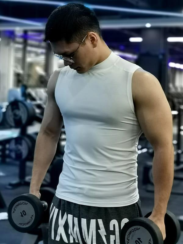 (快速出貨) 男士運動背心無袖緊身速乾運動彈力坎肩健身T恤高領訓練背心 19