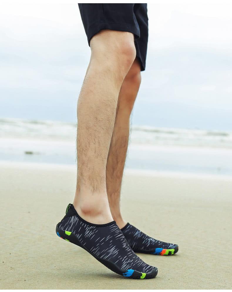 【JAR嚴選】情侶時尚涉水溯溪沙灘多功能水陸兩用鞋 17