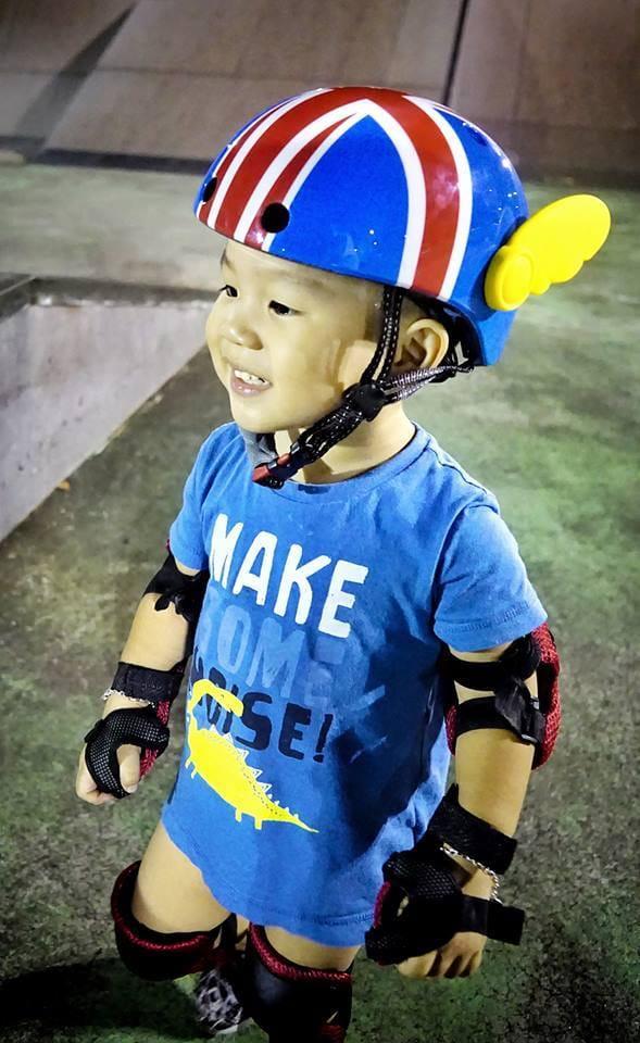【YIIBOZ】超輕量可調頭圍兒童安全帽/運動頭盔(彩繪款) 7