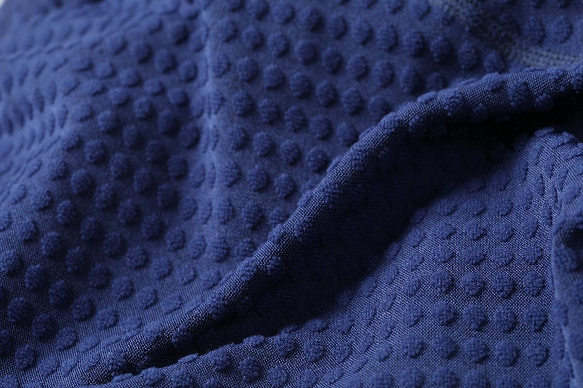 【QI藻土屋 】超保暖高質感磨毛吸濕排汗速乾運動保暖休閒上衣 7