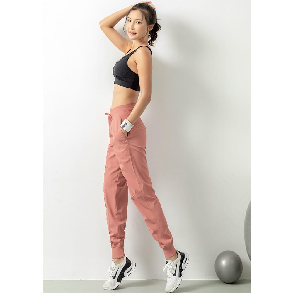輕薄透氣寬鬆機能運動褲 8